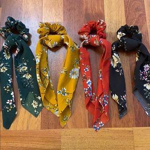 Set of 4 Floral Print Scrunchie/Hair Ties